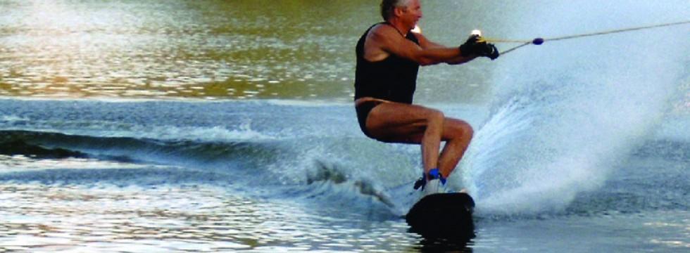 Wasserskifahren am Seepark im Rotkäppchenland